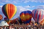 Помимо красочного воздушного шоу, гостей ждет множество развлечений. // Travel.ru