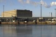 На Хернесари находится паромный терминал. // Mikko Miettinen