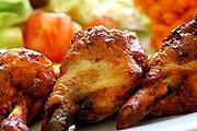 Лучшие блюда Ямайки можно попробовать на осенних фестивалях. // expressentree.com
