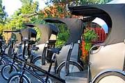 Вместо такси можно воспользоваться рикшей. // ecopouss.e-monsite.com