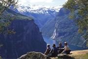 Норвегия - страна и зимнего, и летнего отдыха. // visitnorway.com