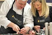Британский повар Ник Нэйрн ведет кулинарный курс. // independent.co.uk