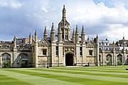 Кембридж притягивает толпы туристов. // cheapostay.com
