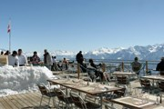 Ресторан лежит на высоте 2200 метров. // myswitzerland.com