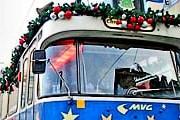 По городу курсирует рождественский трамвай. // muenchen.de