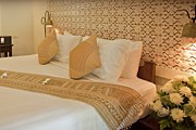 Номер в Xiengthong Palace // xiengthongpalace.com