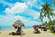 Пляж на острове Пенанг // iStockphoto / HowenSia