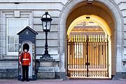 Во время Олимпиады во дворце будет жить королева Елизавета II. // iStockphoto / ImageGap