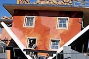 В Австрии строят дом вверх тормашками. // diepresse.com