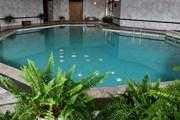 В отеле есть бассейн с подогретой морской водой. // auskahotel.lt