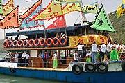Красочный парад лодок пройдет в Гонконге. // waahhh.com