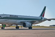Самолет Alitalia // Travel.ru