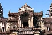 Ангкор-Ват – буддистский храмовый комсплекс в Камбодже. // Travel.ru
