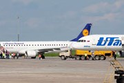 Самолеты Lufthansa и UTair // ErikRostovSpotter
