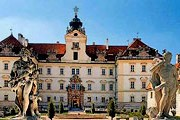 Туристов ждут новые экскурсии по замку. // zamky-hrady.cz