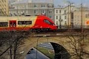 До аэропорта Варшавы можно будет доехать на поезде. // rp.pl