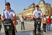 Полиция на сигвеях будет следить за порядком в Карловых Варах. // forum.toutsurlesegway.com