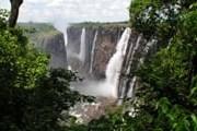 Водопад Виктория - визитная карточка страны. // iStockphoto / James Scully