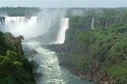Водопады Игуасу - популярное туристическое направление. // Travel.ru