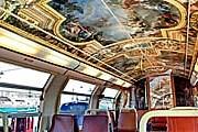 Зеркальная галерея, воспроизведенная в вагоне поезда. // chateauversailles.fr