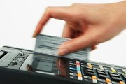 В VIP-зале можно оплатить сборы картой. // prepaid-cards.ru