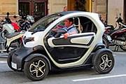 Взять электромобиль напрокат может каждый желающий. // elperiodico.com