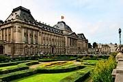 Королевский дворец может посетить каждый желающий. // planetware.com