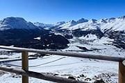 Вид с горы Муоттас-Мурагль зимой. // iStockphoto / KhaoYaiBoy