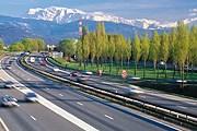 На территории Франции все водители должны иметь два алкотестера. // iStockphoto / gui00878