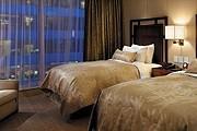 Номер в Shangri-La Hotel, Toronto // shangri-la.com