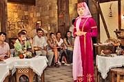 Туристы посетят рестораны национальной кухни. // saga.ua