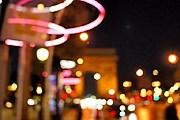 В Париже готовятся включить рождественскую иллюминацию. // lestrucsdemyrtille.blogspot.com