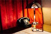 В номерах отеля – винтажные телефонные аппараты. // thejadenyc.com