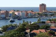 Кюрасао находится в южной части акватории Карибского моря. // Travel.ru