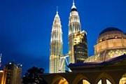 Почти все программы включают в себя посещение Куала-Лумпура. // iStockphoto