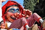 Карнавал в Ницце - одно из самых значимых событий на Лазурном берегу. // hostelsmith.com