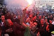 В египетских городах идут уличные бои. // AFP