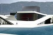 """Оперный театр - """"айсберг по-норвежски"""". // oslooperahouse.com"""