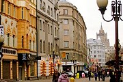 Туристы познакомятся с достопримечательностями улицы. // a-a-ah.ru