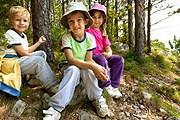 Родителям нужно тщательно выбирать лагерь. // iStockphoto / fotostorm