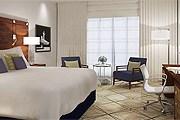 Номер в Renaissance Cairo Mirage City Hotel // marriott.com