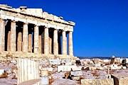 Самые популярные памятники открыты до 20:00. // acropfamousdestination.com