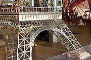 На специальной выставке можно узнать, что станет с Эйфелевой башней. // paris.fr