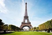 Эйфелева башня закрыта для посещения. // iStockphoto / R-J-Seymour