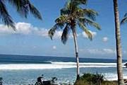 Площадь острова - 65000 кв. метров. // reef2beachsurf.com