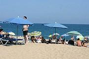 Власти Крыма борются с незаконными ограждениями пляжей. // A. Баринова