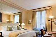С момента открытия отель был главным украшением авеню Георга V. // starwoodhotels.com