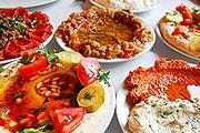 Туристы плохо разбираются в турецкой еде. // turkishlanguage.co.uk