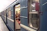 На 37 станциях петербургской подземки устанавливают роутеры. // topspb.tv