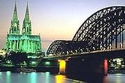 Музеи будут работать до 3:00 10 ноября. // hostelineurope.com